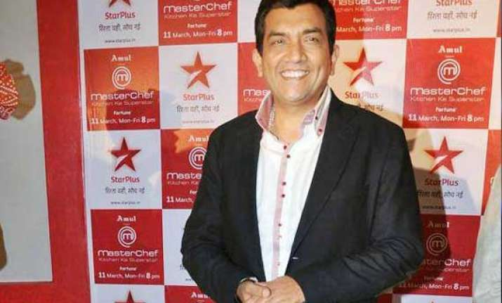 sanjeev kapoor may feature in movie master chef