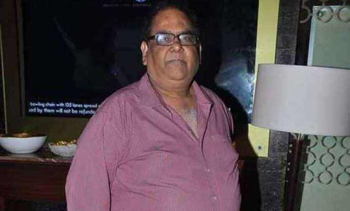 satish kaushik help arrested rs. 1.19 crore recovered