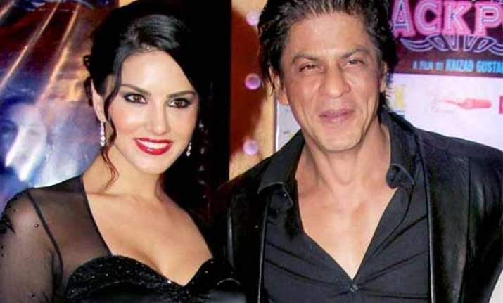 shah rukh khan to romance sunny leone onscreen