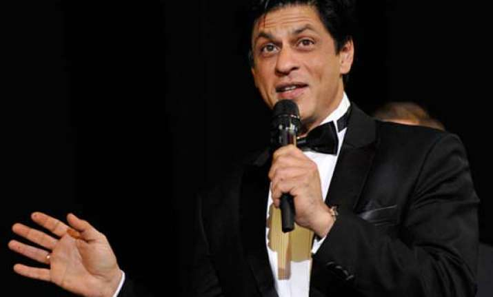 shah rukh khan to receive entertainer of indian cinema award