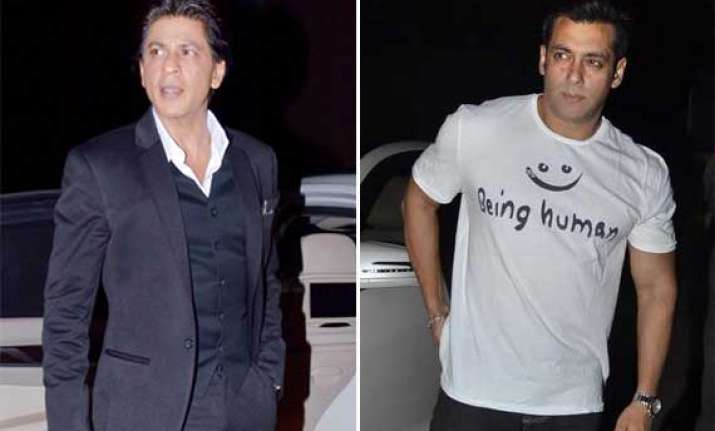 shah rukh salman spotted together at mehboob studio view