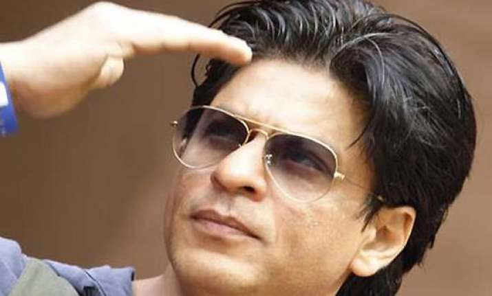 shah rukh unwell catching up on movies on telly