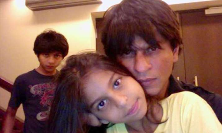 shah rukh khan scared of daughter suhana