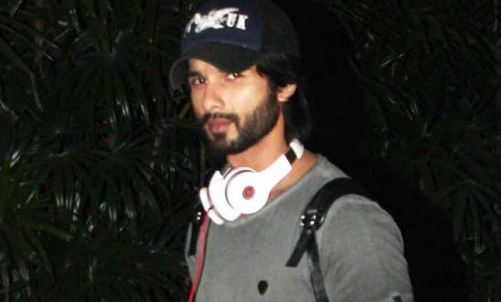 shahid kapoor becomes business savvy