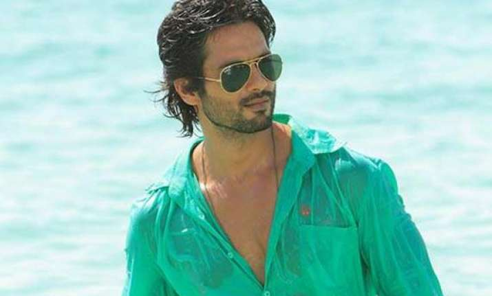 shahid kapoor had enough of dating actresses