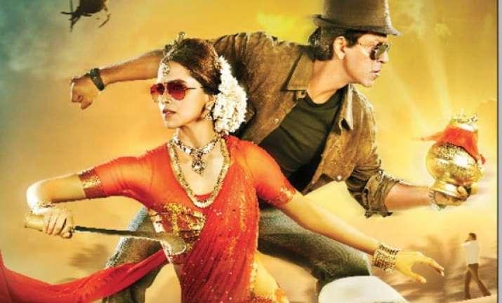 shahrukh and deepika s chennai express trailer goes viral