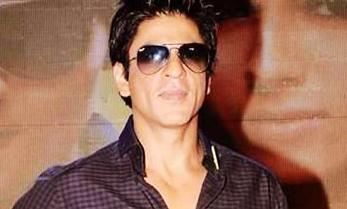 shahrukh not in favour of releasing films during ipl