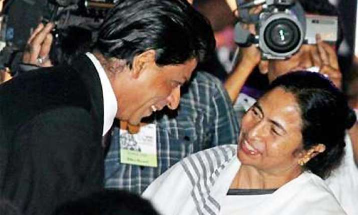 shahrukh declares he is a big fan of mamata