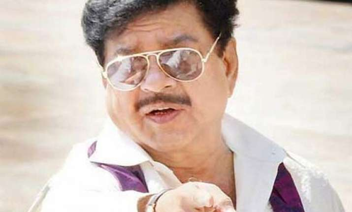 shatrughan sinha complains of stomach ache hospitalised for