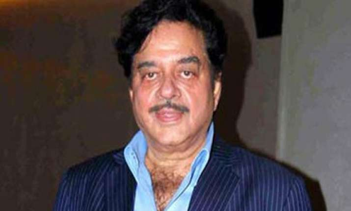 shatrughan appeals to maha governor to pardon sanjay dutt