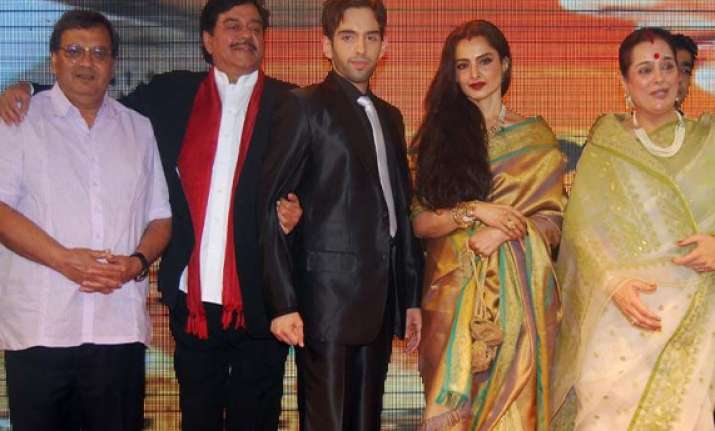 shatrughan calls rekha old gold bold and beautiful