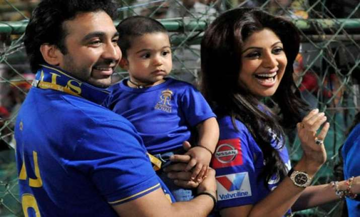 shilpa shetty to wants be a child again view pics