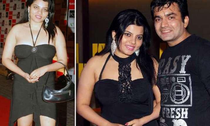 shradha sharma s wardrobe malfunction in bigg boss