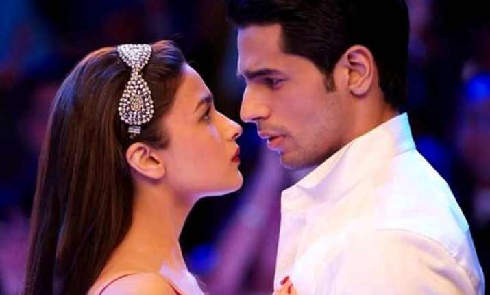 sidharth malhotra i don t know why it is a big deal to kiss