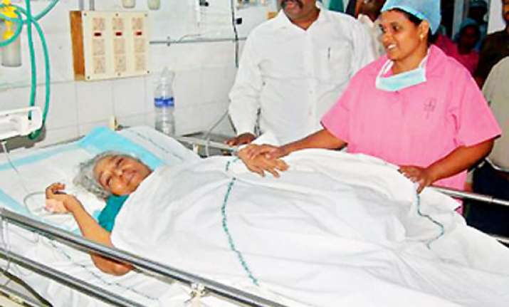 singer s. janaki hospitalized after head injury