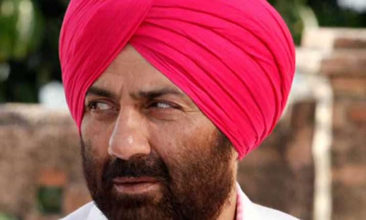 singh sahab the great to come out during dussehra