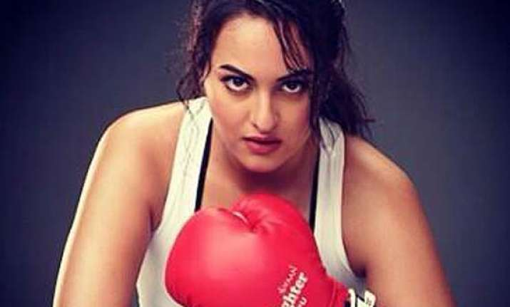 sonakshi sinha i d love to do sports film see pics