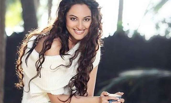 sonakshi sinha would like to act with tom cruise george