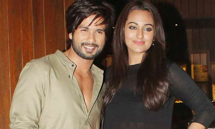 sonakshi sinha annoyed with shahid link up rumours