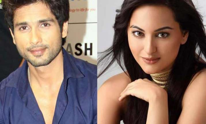 sonakshi excited about dancing with shahid kapoor in namak