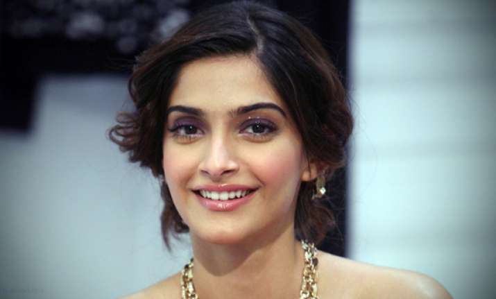 sonam kapoor to turn politician for battle for bittora