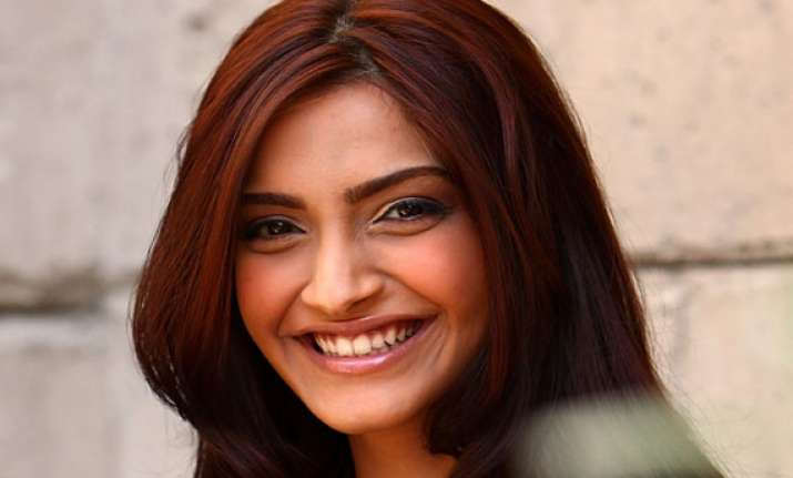 sonam a natural actress doesn t use glycerine to cry