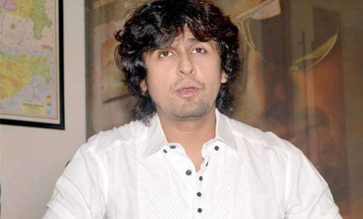 Sonu Nigam makes his Punjabi industry debut | Bollywood News