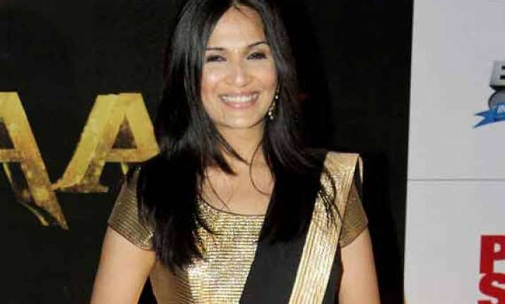 soundarya takes rajinikanth jokes positively