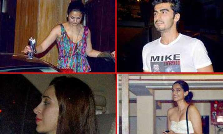 karishma sonam arjun paid visit to kareena at her residence