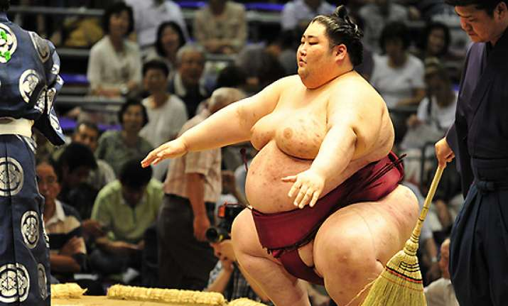 sumo wrestler to enter bigg boss as guest