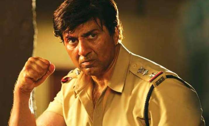sunny deol delays other projects for directing ghayal