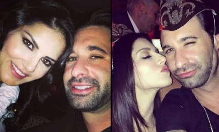 sunny leone rubbishes divorce reports posts a selfie with