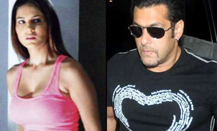 sunny leone s dream comes true will work with salman khan