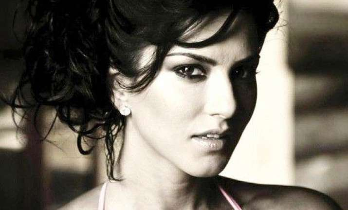 sunny leone i feel i ve been accepted by audiences. it is a