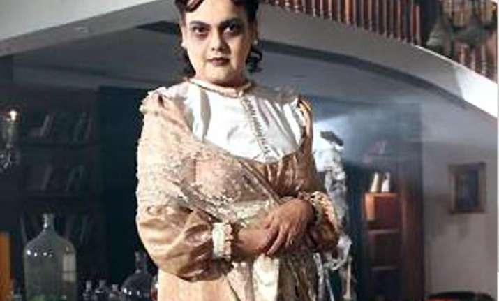 sushmita mukherjee back on tv as mrs. ghost