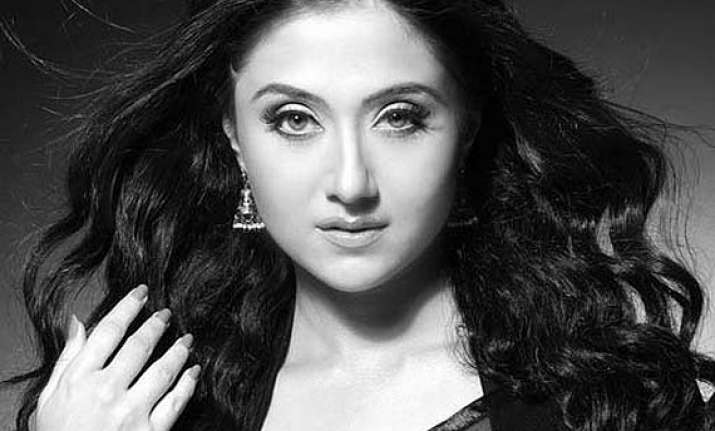 did bengali actress swastika mukherjee commit suicide after