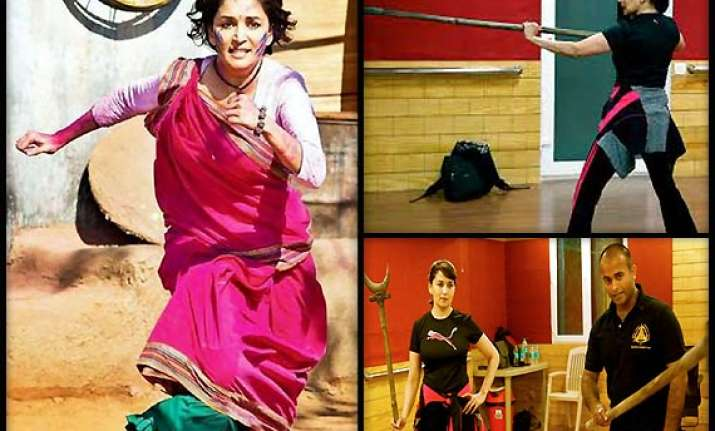 taekwondo training comes to madhuri s aid in gulaab gang