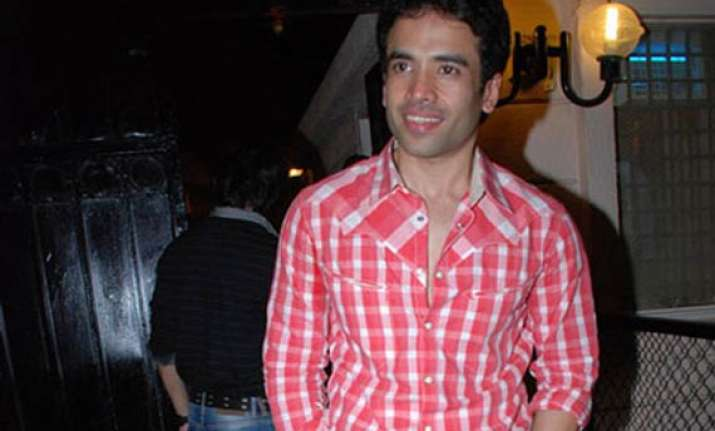 tusshar thrown out of home during navratra