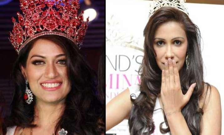 two indian celebs to promote chennai express in kathmandu