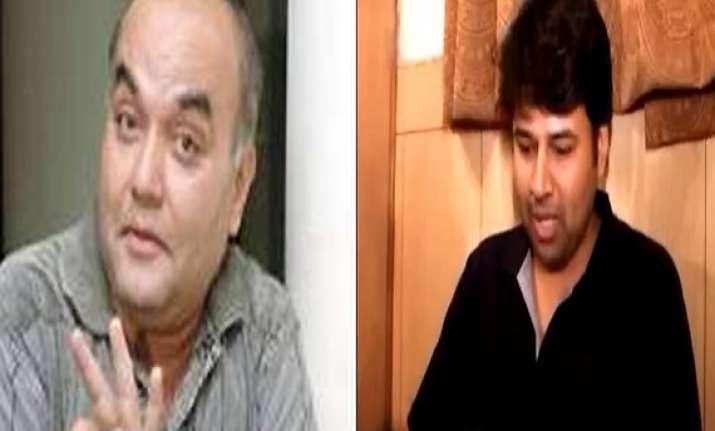two marathi actors killed in mishap on mumbai pune express