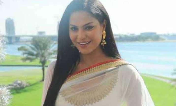 veena malik calls her ex beau prashant singh a gay brother