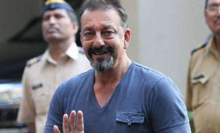 who made drunk sanjay dutt s party mms view pics