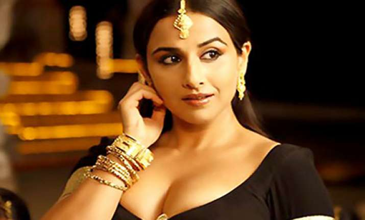 vidya balan hospitalized discharged after two days
