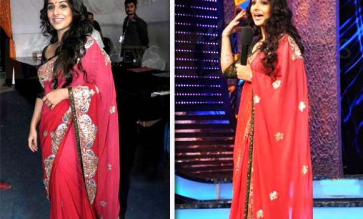 vidya balan s saree sells for rs 90 000