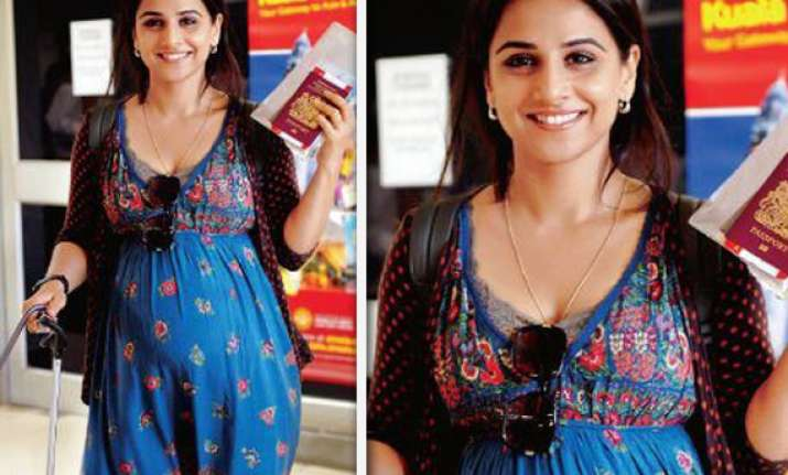 vidya takes pregnancy tips from sister for kahaani