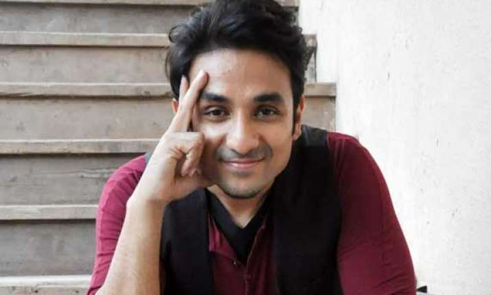 who is vir das new girl in his life
