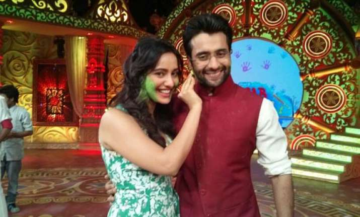 youngistaan cast gets playful for sab ki filmy holi see pics