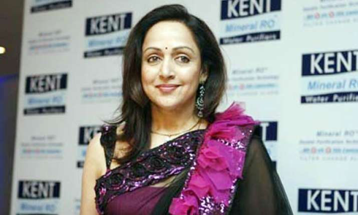 dream girl hema has 5 kg gold 4 houses worth rs 35 crore
