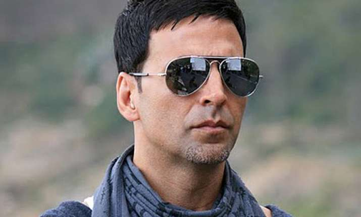 akshay kumar starrer shaukeen set for nov 7 release