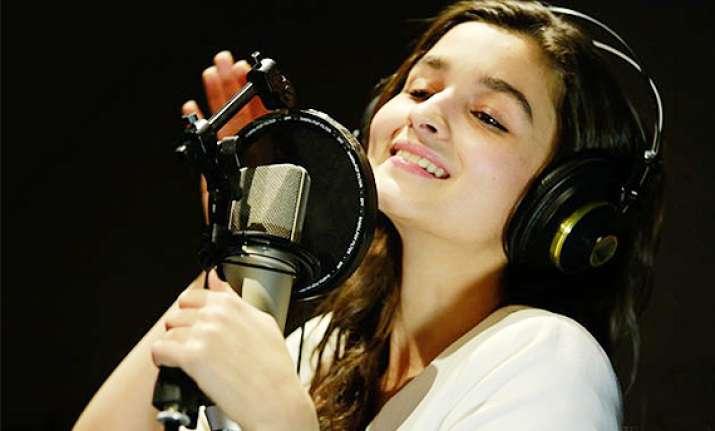 alia to sing samjhawan unplugged live
